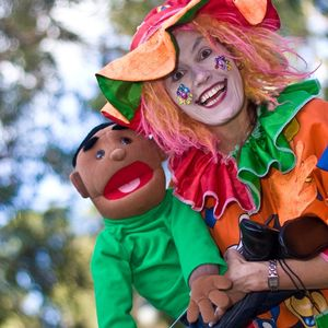 Clown plus puppet